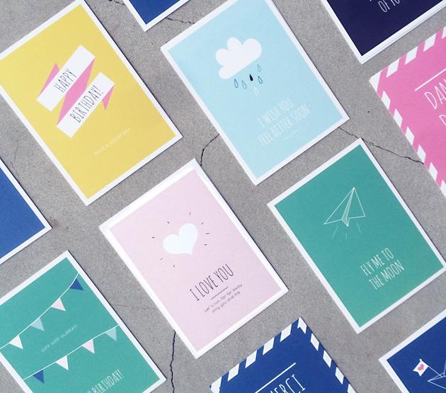 grafiska vykort med typograferade budskap